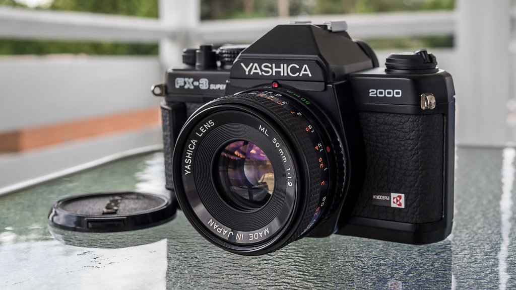 Yashica FX-3 2000w/ ML 50mm f/1.9