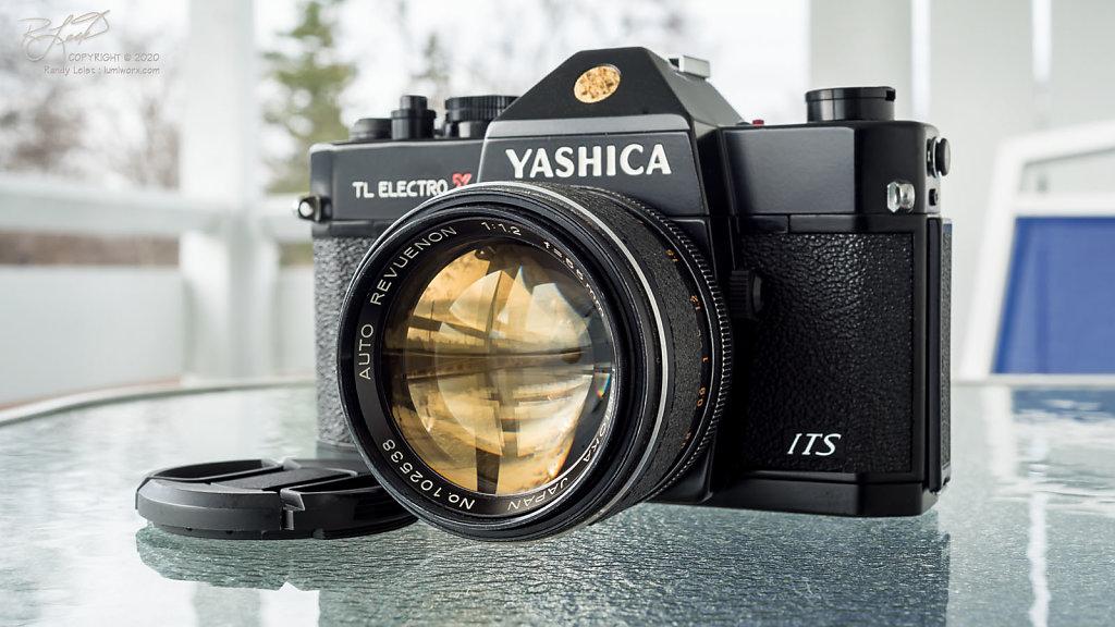 Auto Revuenon Tomioka 55mm f/1.2